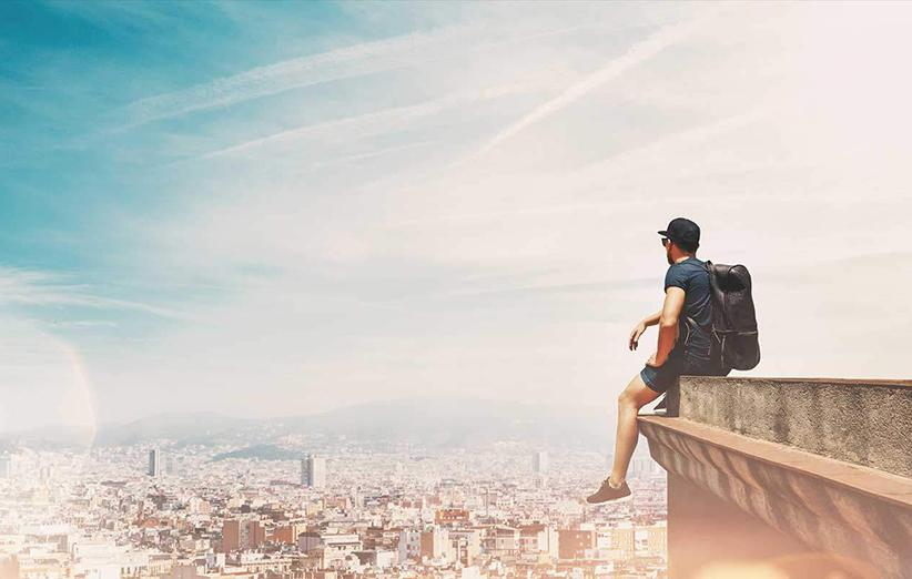 ۶ دلیل برای اینکه چرا سفر تنها از ما انسان قویتری میسازد
